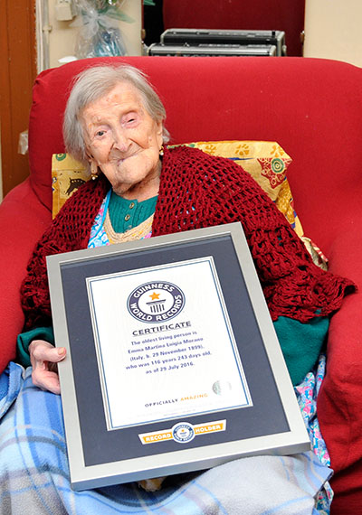 Oldest living person Emma Morano GWR certificate