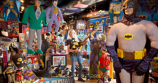 largest-collection-of-batman-memorabilia-room